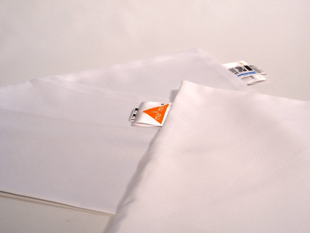 Gr.L | 2 x dreieckige kochfeste majimo Kissenbezüge in einer Packung
